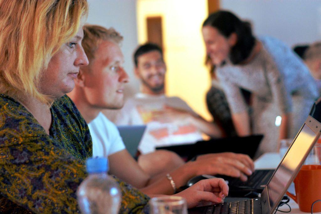Medio Data Workshop - Pokračujeme v nalévání hlav